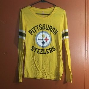V.S PINK Steelers Shirt
